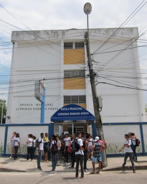 Escola-Bangu